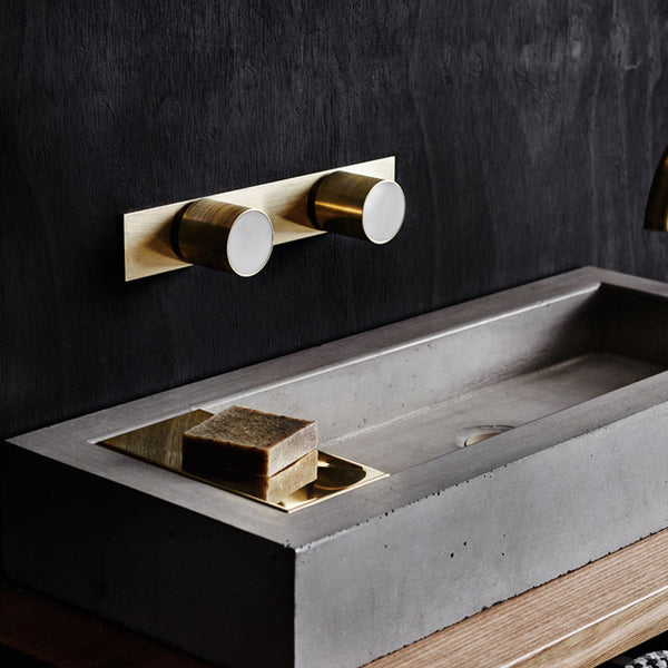 Mabel round marble and brass taps