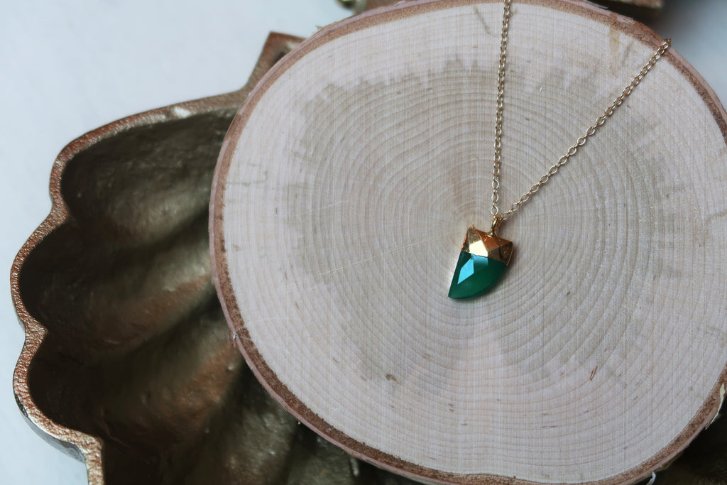 Horn Necklace - Green Onyx