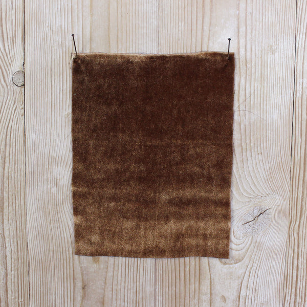 Related product : Silk / Viscose Velvet - Toffee