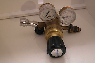 VWR Multistage Gas Regulators with Neoprene Diaphragms