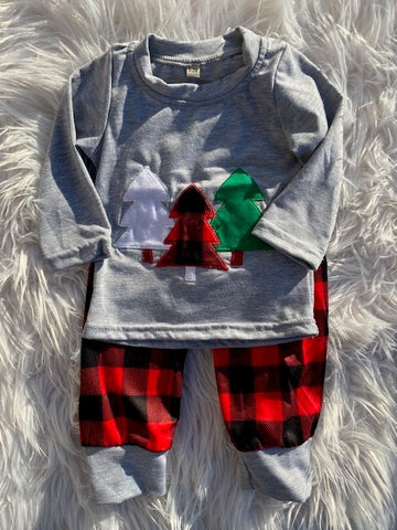 Boy's Buffalo Plaid 2 Piece Christmas Tree