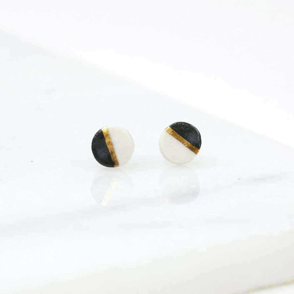 Amber E Lea Horizon Studs - Black - re-souL