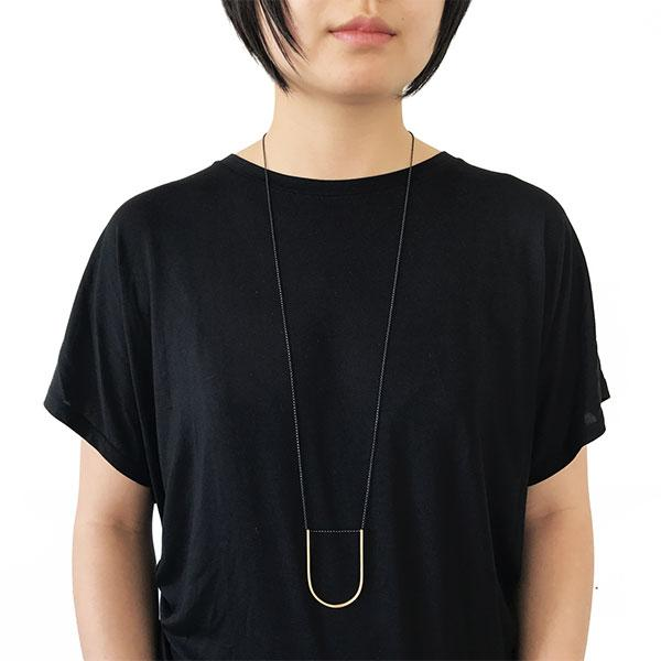 Iris Guy Large U Necklace - Gold - re-souL