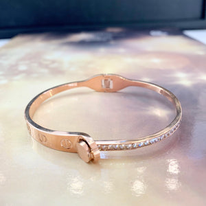 "7-Degrees Exclusives Stainless Steel Bangle ""Crystal Nail"""