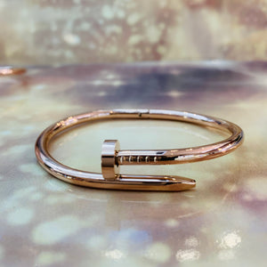 "7-Degrees Exclusives Stainless Steel Bangle ""Nail"""