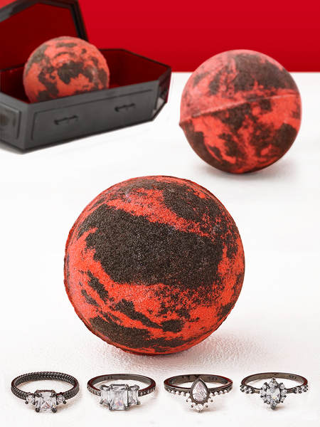 Vampire Bath Bomb - Night Hunter Ring Collection