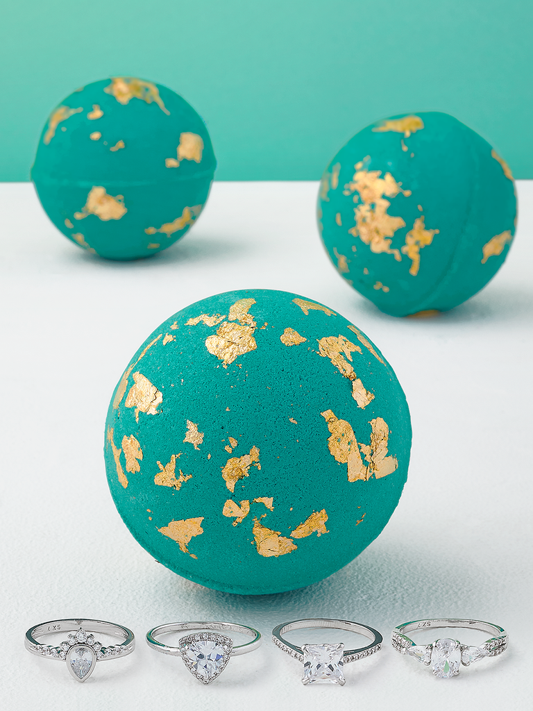Emerald Gold Flake Bath Bomb - Ring Collection