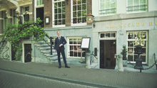 Video laden en afspelen in Gallery-weergave, SommelierBox Ambassade