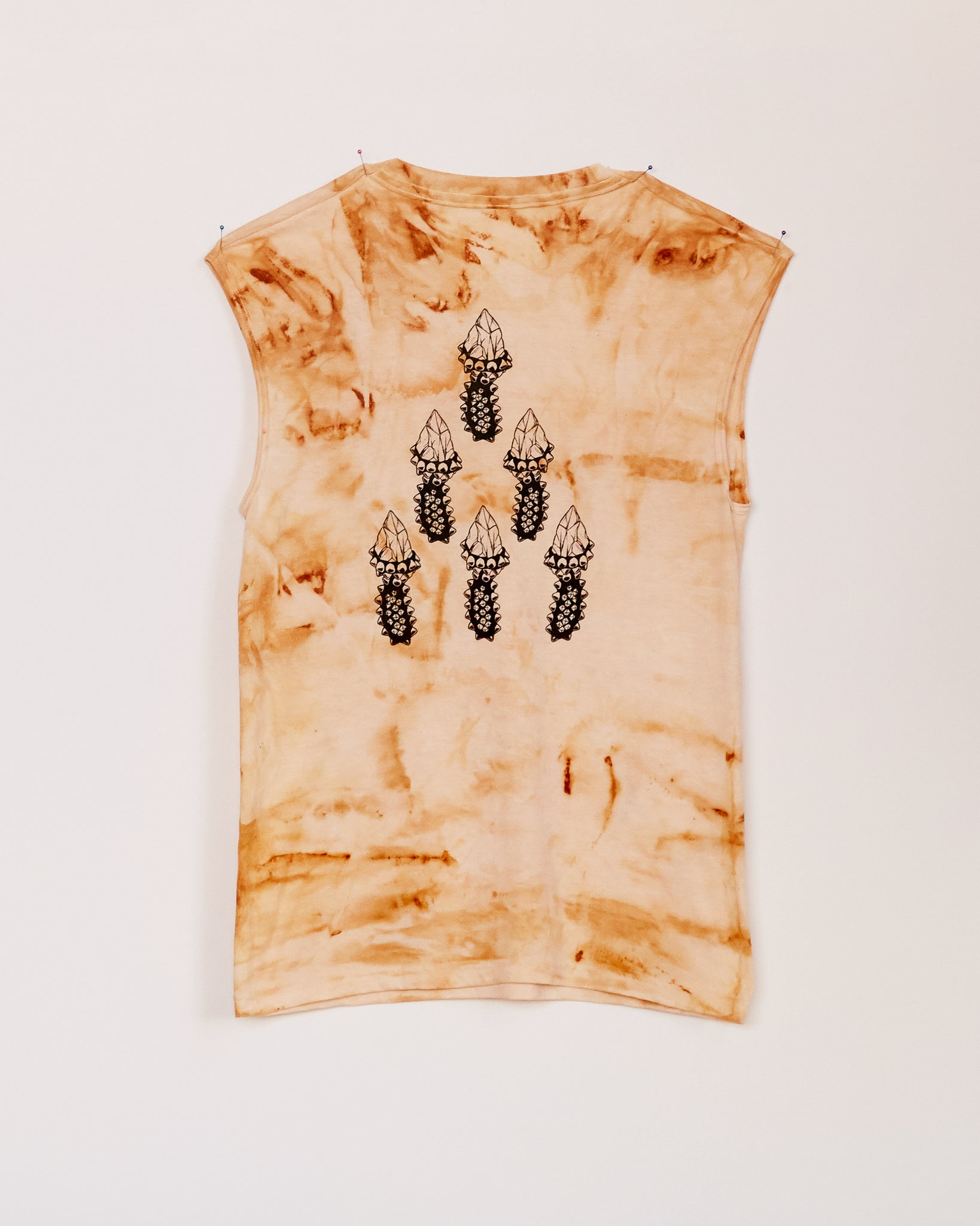 CRYSTAL SHANK RUST DYED MUSCLE TANK - S