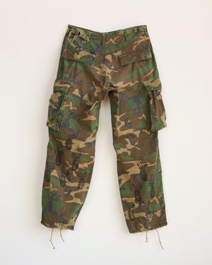 WITH LOVE AND LIGHT CAMO PANTS - S / M