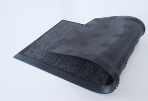 Rubber Base disinfectant mat for cleaning shoes