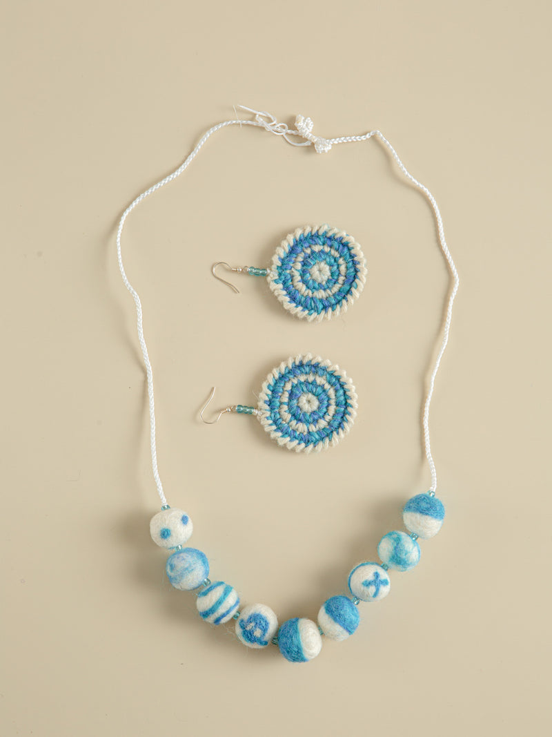 Traditional handmade necklaces and earrings, ethnic characteristics, holiday gifts for yourself.