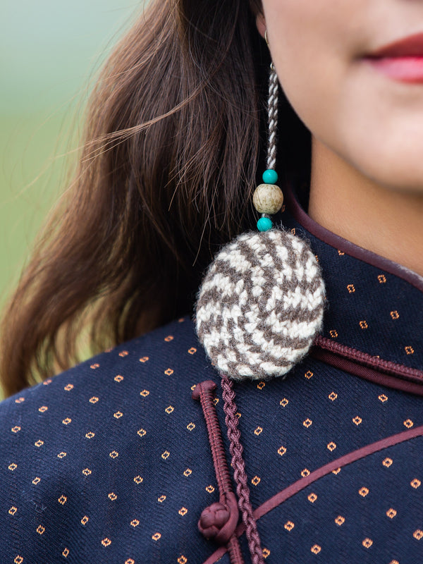 Traditional ethnic handmade earrings, woven from natural fibers, pollution-free, a gift for a lover.
