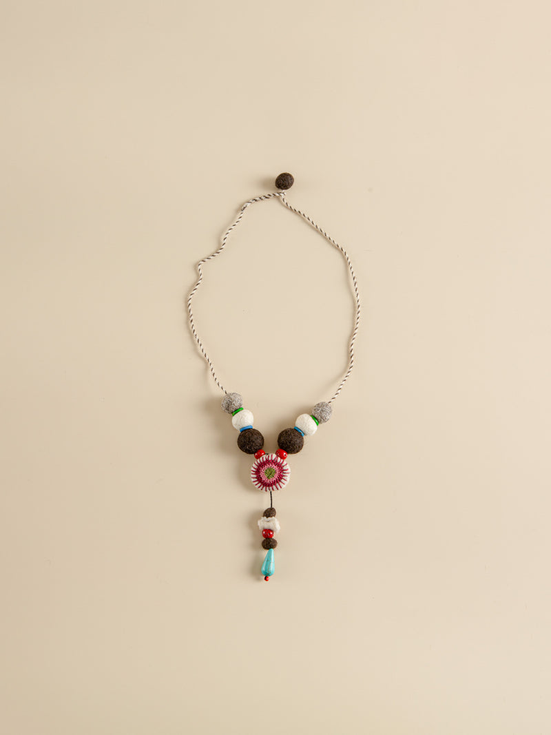 Traditional handmade necklace, prairie style, back to nature.