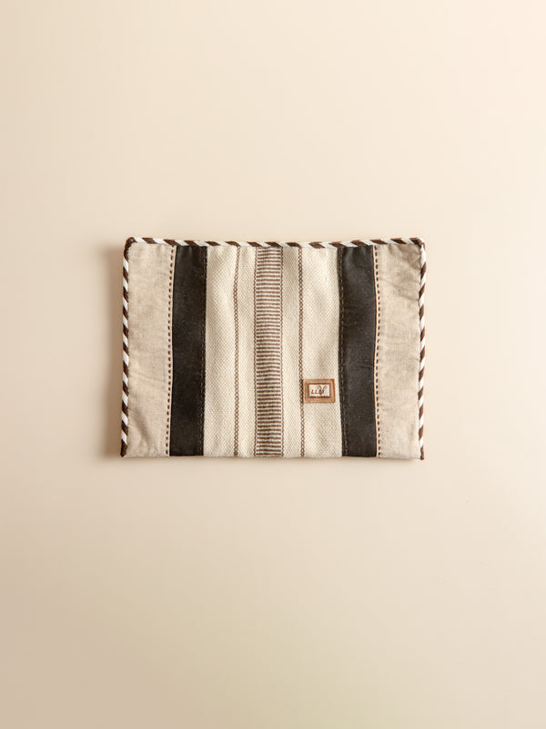 Intangible heritage craftsmanship woven ipad inner bag, simple and stylish.