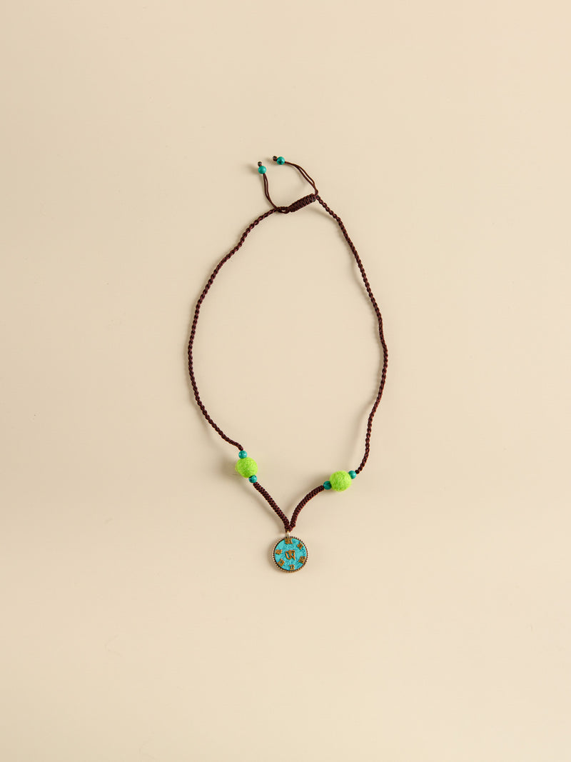 Traditional handmade necklaces, ethnic characteristics, holiday gifts for friends.