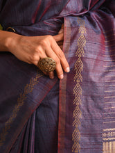 Load image into Gallery viewer, MACHLI (FISH) Tussar Silk Sari - Violet