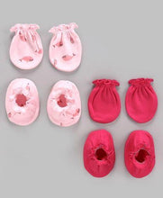 Load image into Gallery viewer, Printed Mittens & Booties Pack of 2 Pink Red