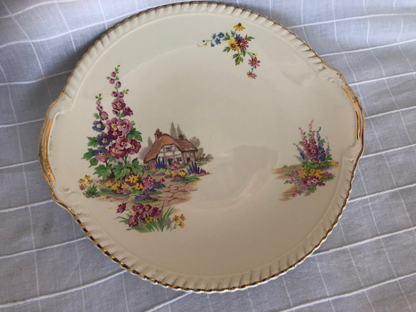 Round Johnson Brothers Plate