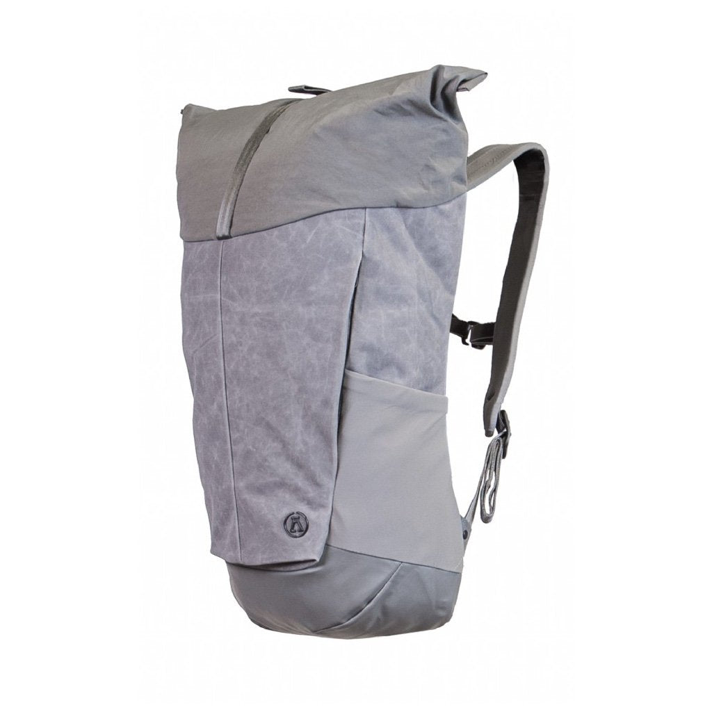 20 LITRE ROLL TOP DAYPACK AEL017