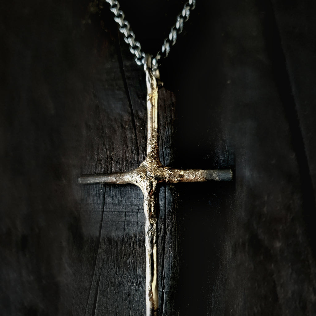 LBD CROSS + CHAIN