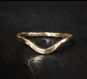 Curved Hammered Band