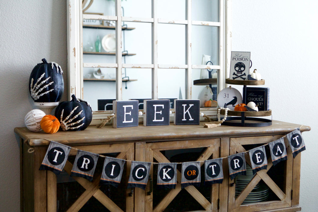 Boo/Eek Table Sign
