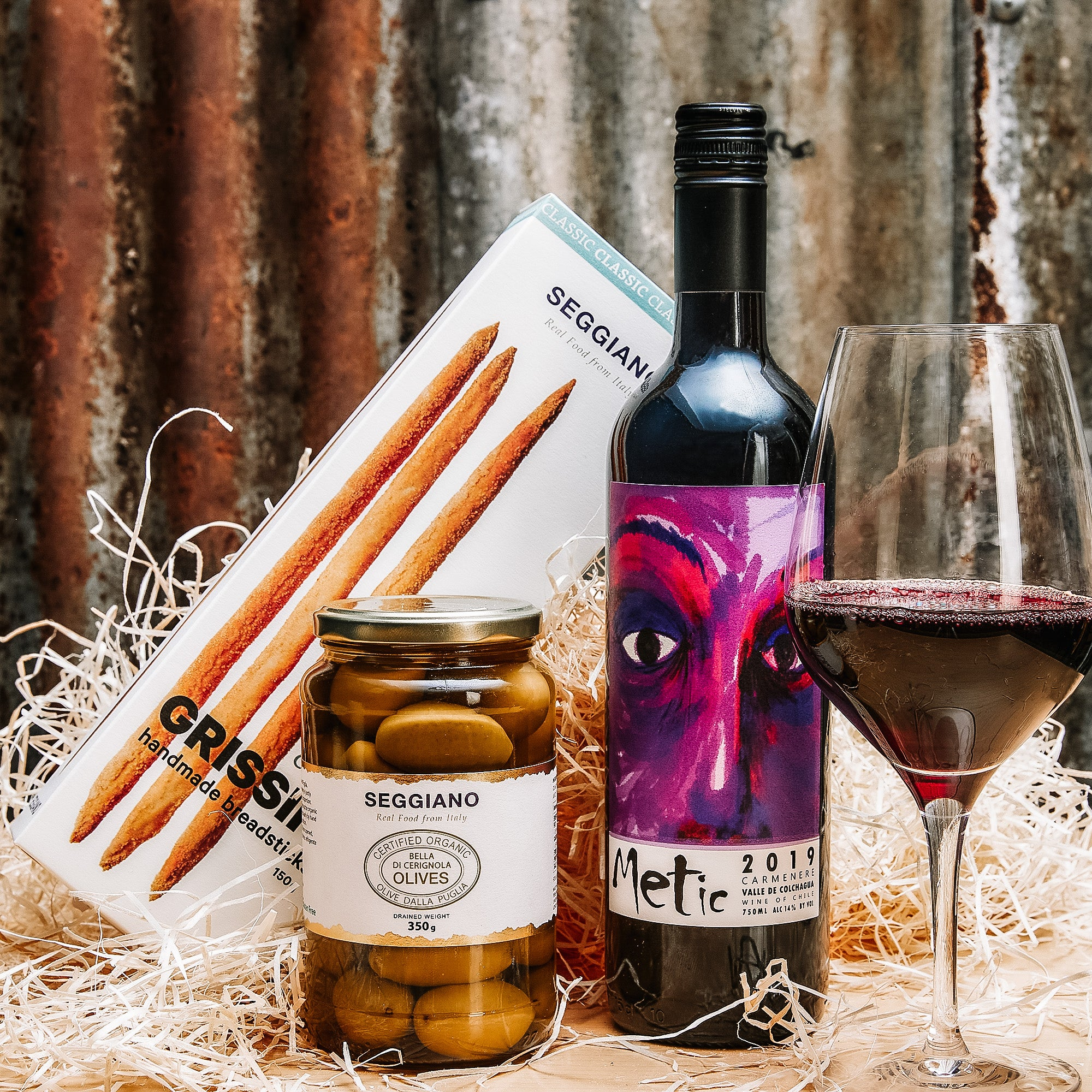 Wine and Nibbles Gift Box