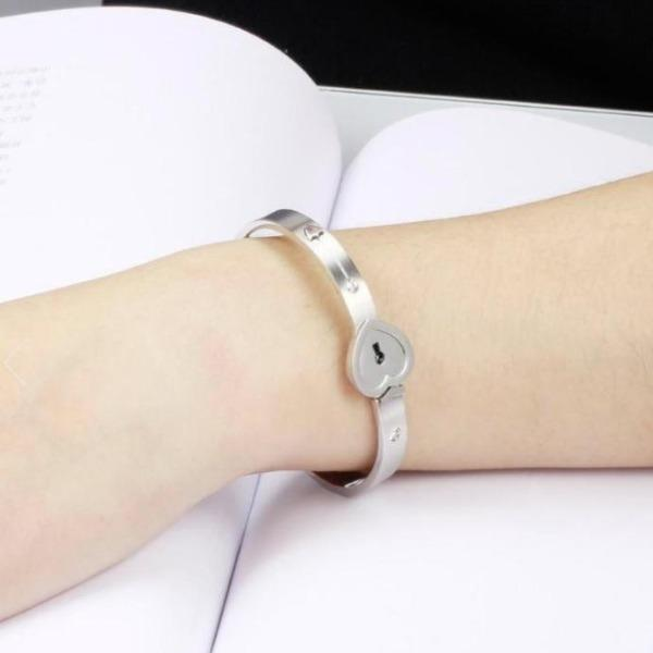 Love Heart Lock Bracelet With Necklace - Geniusly PH