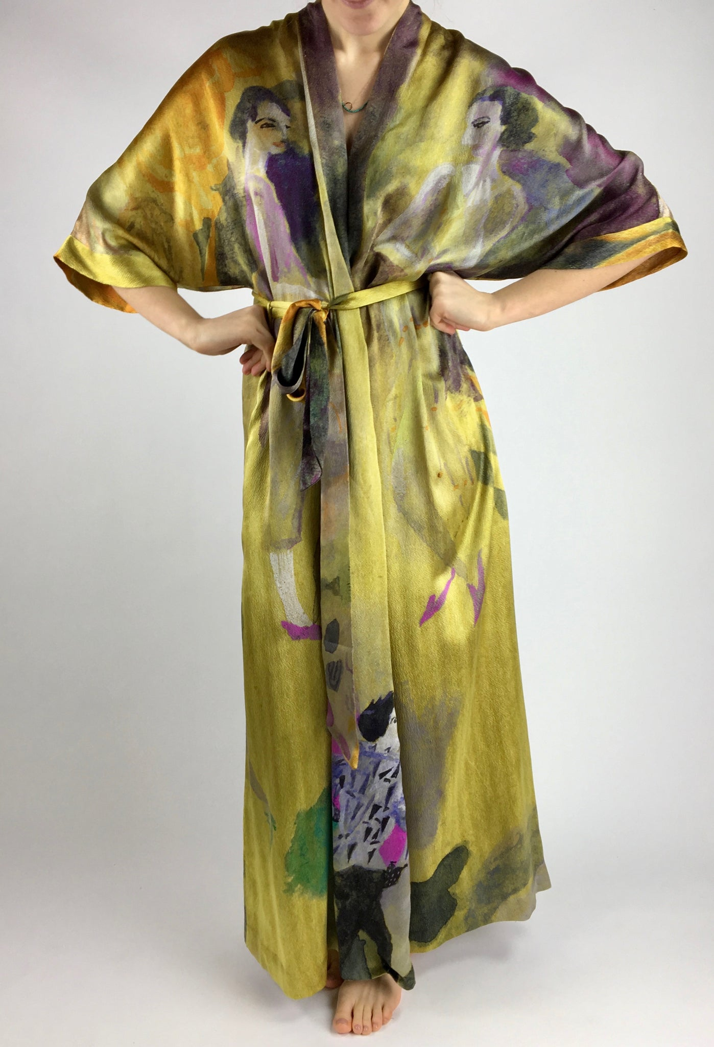 GVE Robe Conversation in gold by Elizabeth Zeschin