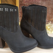 Load image into Gallery viewer, Brand New Coolway Black Cowgirl Booties