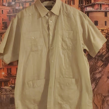 Load image into Gallery viewer, Vintage Men's Cuban Shirt Guayabera