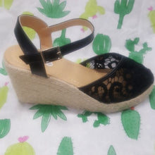 Load image into Gallery viewer, Black Espadrille Sandals NWOT