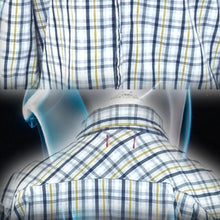 Load image into Gallery viewer, Vintage Guess Men's Button Down Shirt