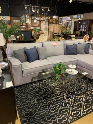 SC-1782- 2 piece Sectional W/Chaise [NEW]