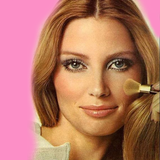 With hippie culture and the women's liberation movement on the rise in the 1970s, it should come as no surprise that minimalist makeup showed its bare, fresh face in this era.