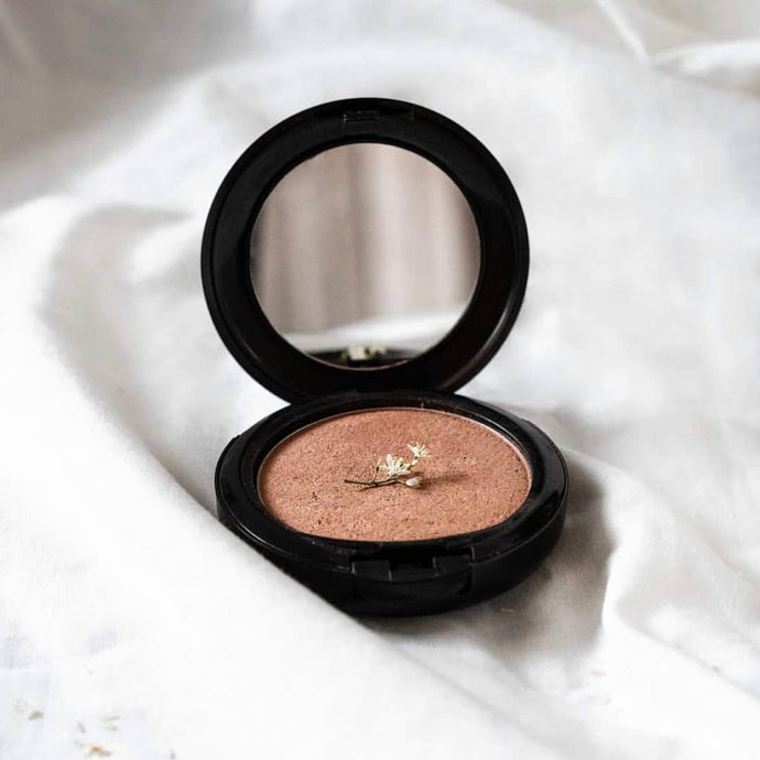 Shop Certified Organic Powder Contour Face Bronzer by Zuii Organic - Let's make it a trend #explorebeautiful face blushes