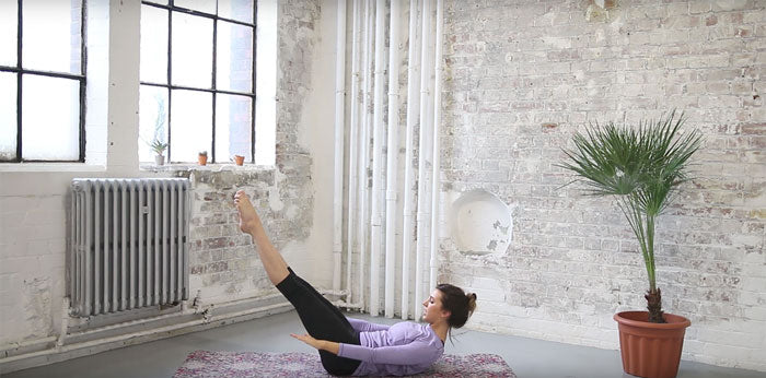 Lottie Murphy - Pilates The Hundred Pose