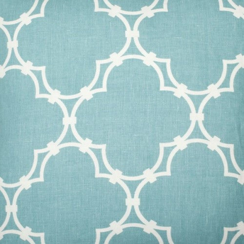 Quatrefoil - Light Blue Reverse Fabric Swatch