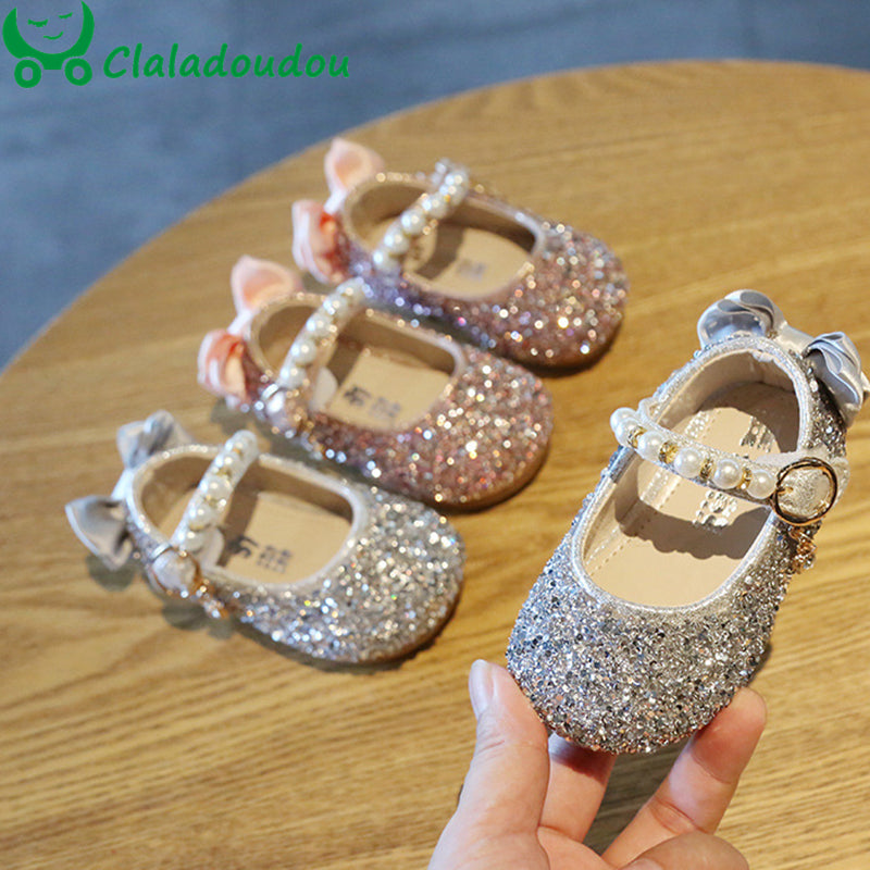 lovebabymammy.com Claladoudou 2020 0-3Y Girls Shoes Pearls Flower Baby Walking Shoes Twinkle Sliver Toddler Shoes For Girls Princess Dress Shoes