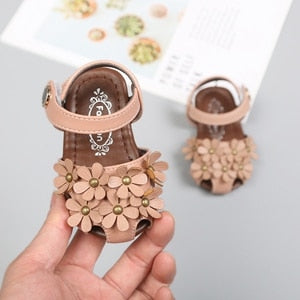 lovebabymammy.com Girls Sandals Baby Girls Flower Shoes For Summer Toddler Girl Closed Toe Rivets Soft Beach Sandal For Kid 11.5-15.5cm 0-3Years