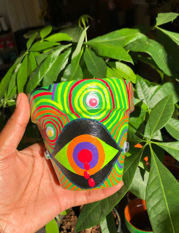 4-inch-Acrylic-Psychics-Eye-painted-terracotta-pot