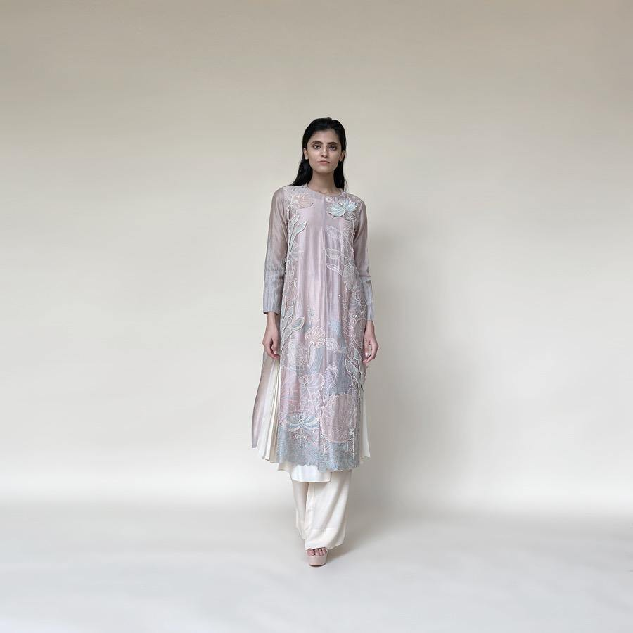 Load image into Gallery viewer, Embellished Kurta Set