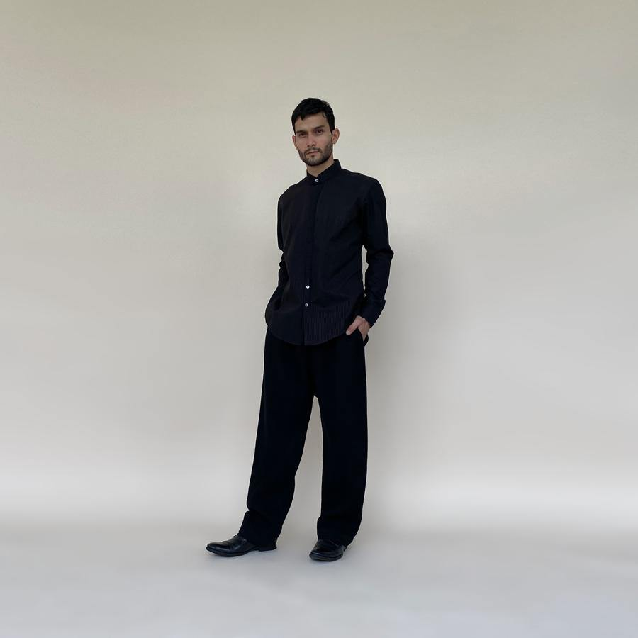 Load image into Gallery viewer, Fine textured shirt in super fine cotton with concealed placket. It features a minimalist square collar and shaped curve hem.  abhisheksharma , abhishekstudio