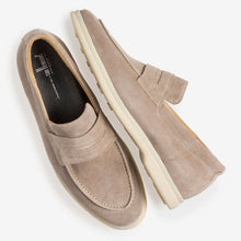 Afbeelding in Gallery-weergave laden, BEIGE SUÈDE LOAFER