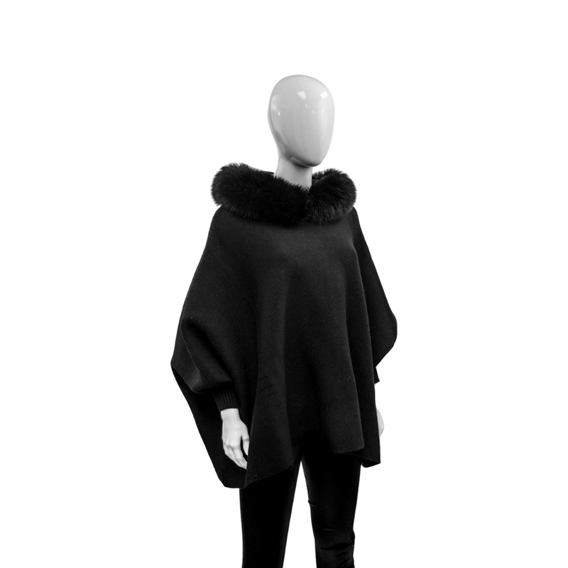 KNITTED PONCHO - BLACK