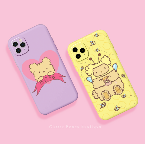 Osito teddy bear phone case dressed as a bee