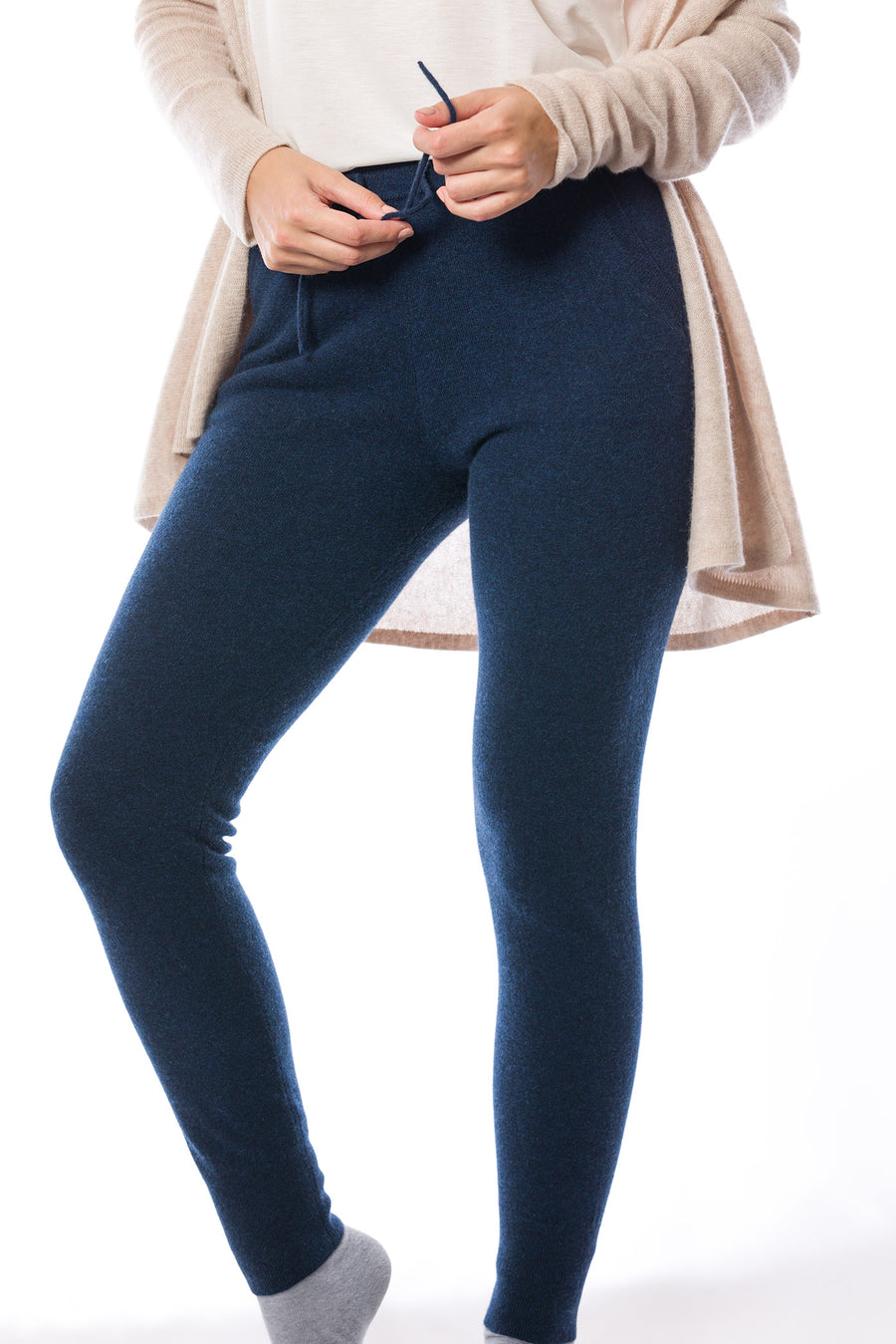 Sustainable Cashmere Jogpants - Midnight - Dongli Cashmere