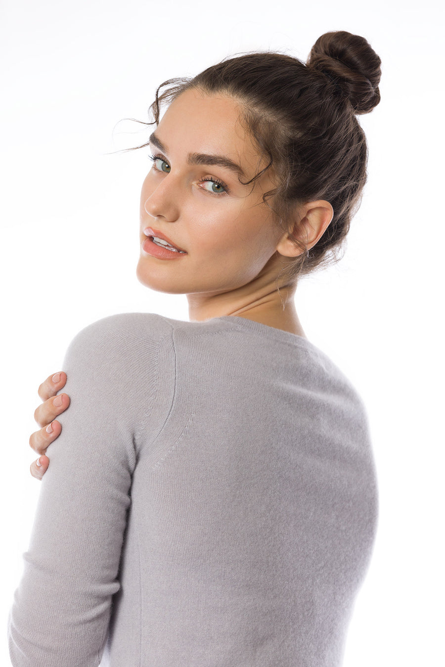 Sustainable Cashmere Crew Neck Sweater - Pearl Grey - Dongli Cashmere