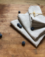 Afbeelding in Gallery-weergave laden, Linen napkin from natural flax colour